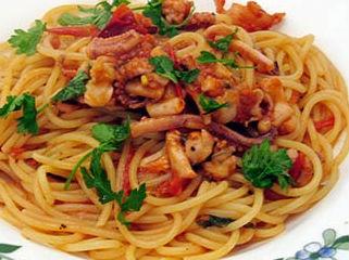 Spaghetti con calamari