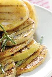 Patate alla griglia con salsa