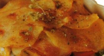 Torta di spaghetti con patate e alici