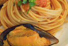 Spaghetti con cozze ripiene
