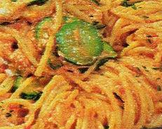 Spaghetti con zucchine e ricotta